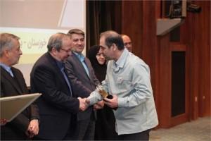 با دریافت تندیس زرین تعالی سازمانی فولاد خوزستان سازمان سرآمد کشور شد